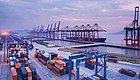 蹊跷!贸易战阴影下,中国出口额为何反常大涨?