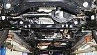 这辆荣威RX8的底盘适合越野吗?我们拆了看看