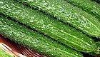 裂心萝卜、新鲜木耳、会长大的黄瓜......老中医提醒,饿不死就不要吃这些蔬菜