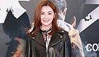 蔡卓妍脸圆的像个银盘,个小还敢穿成五五分,看着120斤不止吧!