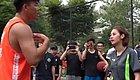 场面失控!头盔哥大战叶天,和美女裁判冲突!中国球迷在网上吵翻天了