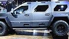 435马力723牛・米,越野能力碾压奔驰G,它是末日逃亡首选车型!