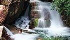 河南的春天美了这座山,最惊艳的竟是这处飞瀑流泉