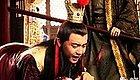 皇帝因偷钱买酒,被群臣痛打一顿,事后却笑着说:众爱卿无罪
