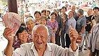 重磅独家!广东老人养老金方案热辣出炉,工龄越高越长寿领得越多!