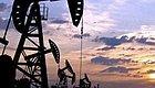 全球股市断崖式下跌拖垮油价