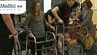 世界首例!梅奥让脊柱损伤瘫痪患者重新行走!