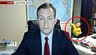 BBC新闻冲出俩孩子尬舞,直播中的教授奶爸拦都拦不住!